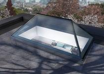 Glass skylight / pyramid type