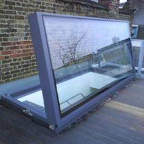 Roof hatch / rectangular / glazed / electric