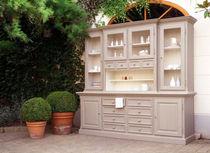 Traditional china cabinet / oak