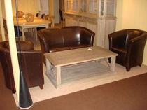 Traditional coffee table / oak