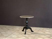 Traditional pedestal table / oak