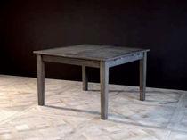 Traditional table / oak / extending