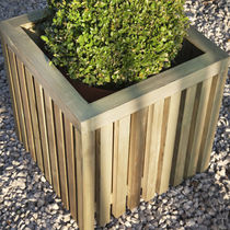 Wooden planter / square / contemporary / for public areas