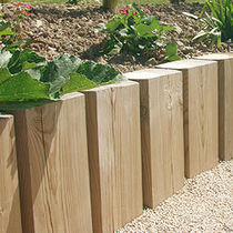 Garden edge / wooden / square