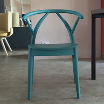Contemporary chair / beech / commercial