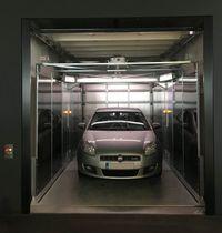 Hydraulic elevator / car