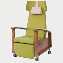 Medical armchair / contemporary / polyurethane / oak