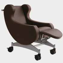 Medical armchair / contemporary / polyurethane / with footrest