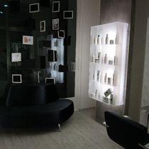 Wall-mounted display rack / beauty product / Plexiglas® / backlit