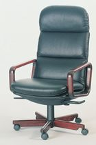 Contemporary executive chair / leather / swivel / star base