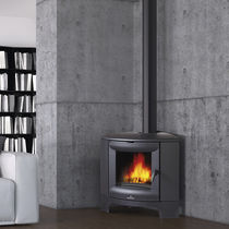 Wood heating stove / contemporary / corner / cast iron