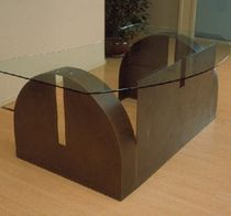 Upright reception desk / glass