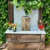 Garden fountain / contemporary