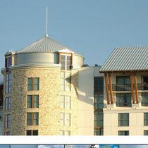 Metal roofing panel / standing seam