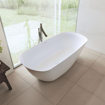 Freestanding bathtub / oval / Solid Surface