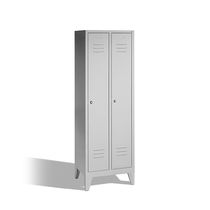 Metal locker / for public buildings / commercial