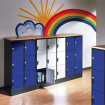 Steel locker / for schools