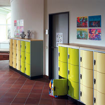 Steel locker / for schools / vandal-proof