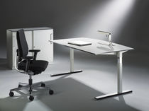 Metal desk / contemporary / commercial