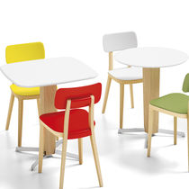 Contemporary bistro table / polypropylene / beech / round
