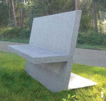 Public bench / contemporary / concrete