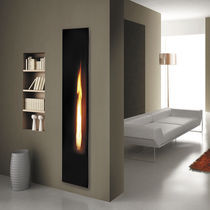 Gas fireplace insert / remote-controlled