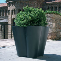 COR-TEN® steel planter / contemporary / for public spaces