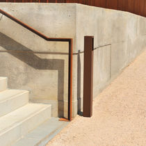 Pedestal ashtray / COR-TEN® steel / for outdoor use / for public spaces
