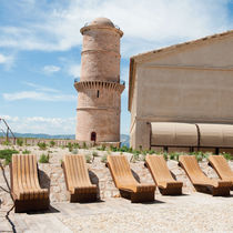 Contemporary sun lounger / wooden / metal / for public spaces