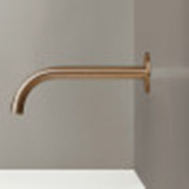 Stainless steel washbasin spout / copper