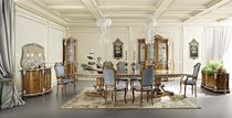 Classic dining table / wooden / rectangular / round