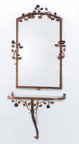 Wall-mounted mirror / traditional