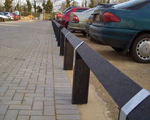 Protective barrier / parking / fixed / recycled plastic