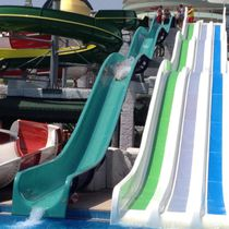 Upright slide / for aquatic parks / high-speed