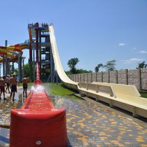 Upright slide / for water parks / high-speed / tube