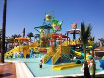 Plastic play structure / for aquatic parks