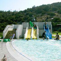 Upright slide / for aquatic parks / multiple