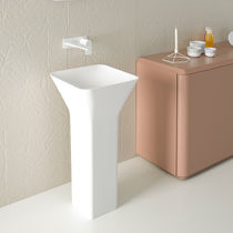 Free-standing washbasin / square / marble / contemporary