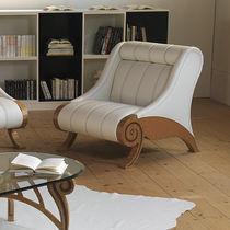 Traditional armchair / fabric / walnut / white