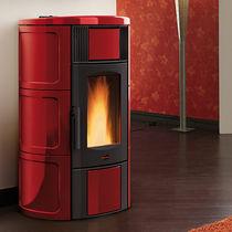 Pellet boiler stove / contemporary / ceramic