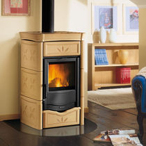 Wood boiler stove / contemporary / cast iron