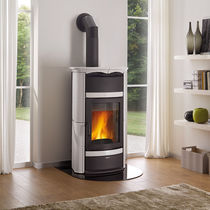 Wood boiler stove / traditional / cast iron / earthenware