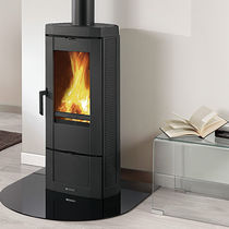 Wood heating stove / contemporary / cast iron