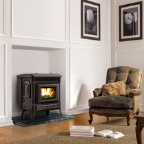 Pellet heating stove / traditional / cast iron