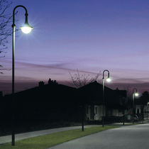 Urban lamp post / contemporary / PMMA / HID