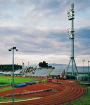 IP65 floodlight / discharge lamp / for public spaces / for stadiums