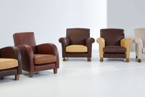 Traditional armchair / child's / leather
