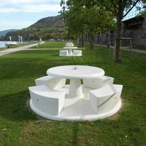 Contemporary picnic table / concrete / reconstituted natural marble / round
