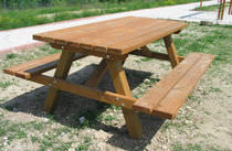 Picnic table / traditional / pine / with attached chairs