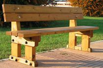 Public bench / traditional / in wood